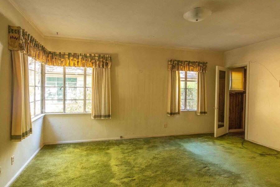 28 1050 Pine Lane bedroom 1 master 2