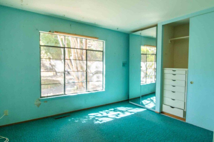 32 1050 Pine Lane bedroom 4