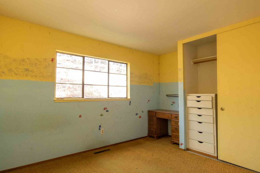 33 1050 Pine Lane bedroom 5