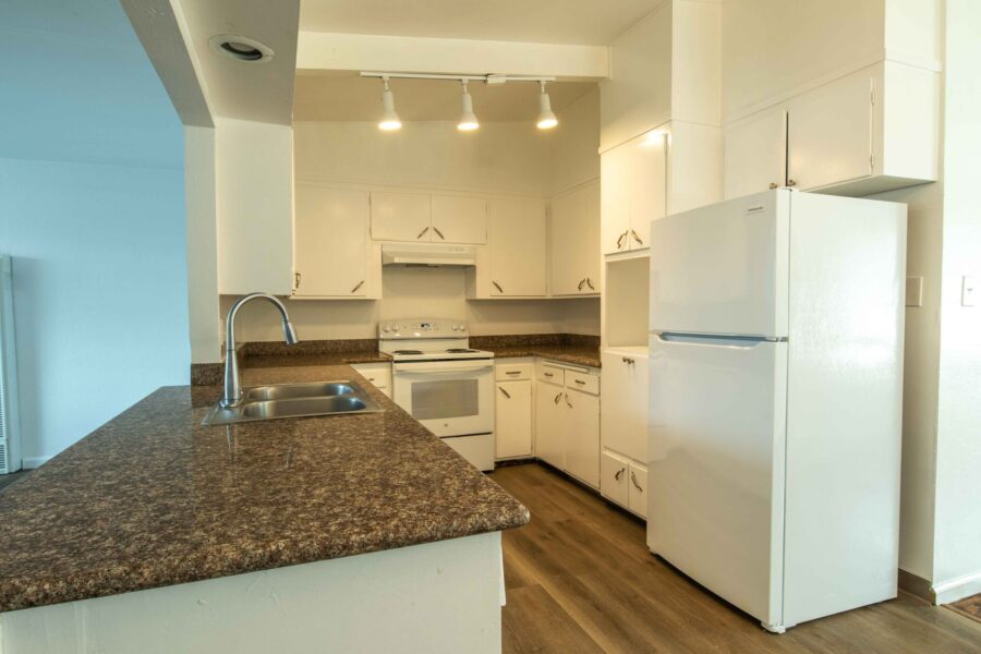 home for rent in Pinole 826 Betty Avenue kitchen 1